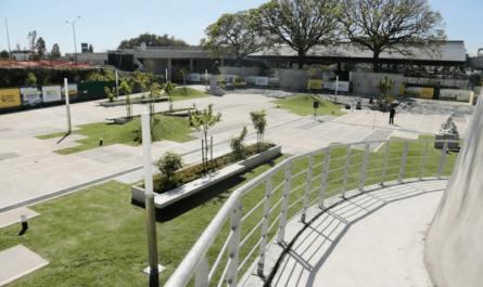 Plazas de cemento en Buenos Aires