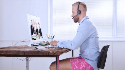Cada vez menos empresas contratan el servicio de internet para sus oficinas